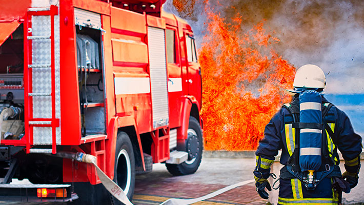 Feuerwehreinsatz im Nürnberger Südwesten: Gelagerter Sisha Tabak brennt
